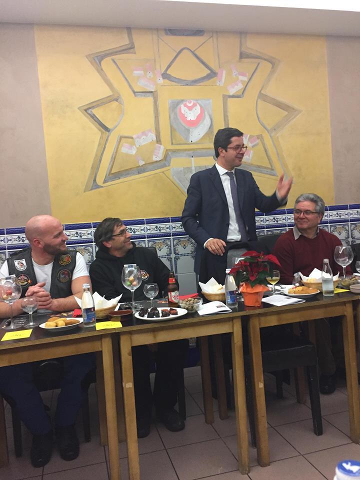 personalidade muito querida da comunidade associativa portuguesa, o SEDJ do governo português é um jovem com bom humor.