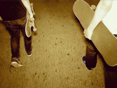 Skateboarding callejero y musical