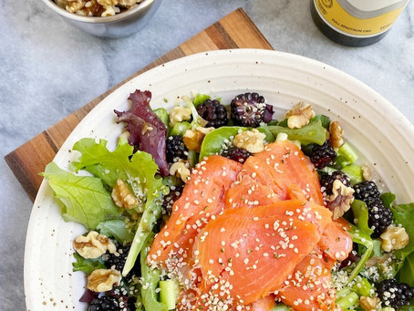 Leah's Mixed Green & Smoked Salmon Salad