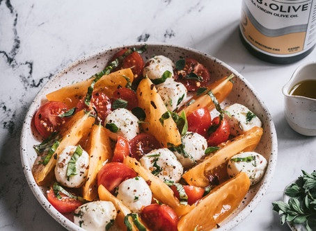 Marinated Heirloom Tomato and Bocconcini Salad