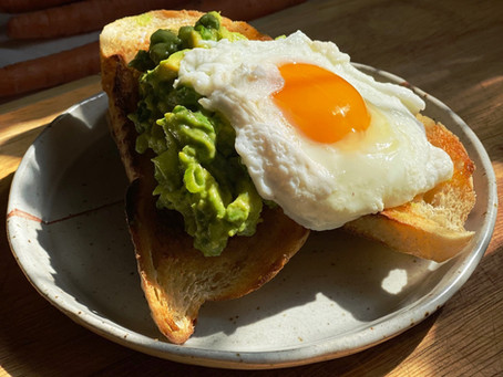Avocado Toast w/ Poached Egg