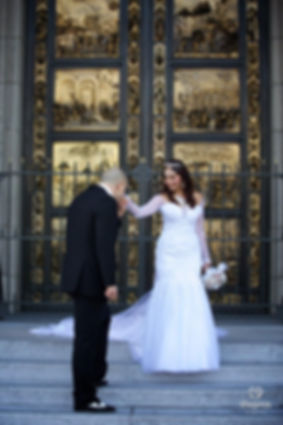 Kate and Kevin tie the knot in San Francisco's Grace Cathedral