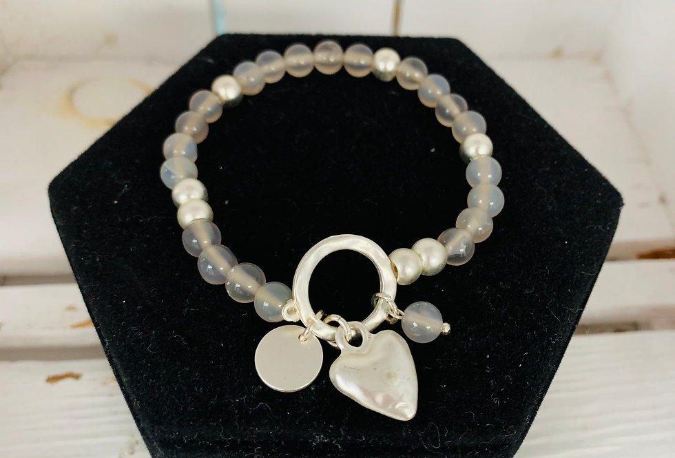 Glass bead heart bracelet