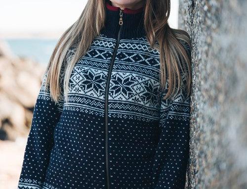 Norwegian cardigan with raglan sleeves of 100% pure new wool