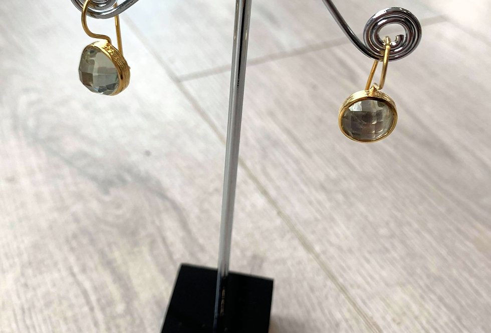 Apatite and 13K gold hooks