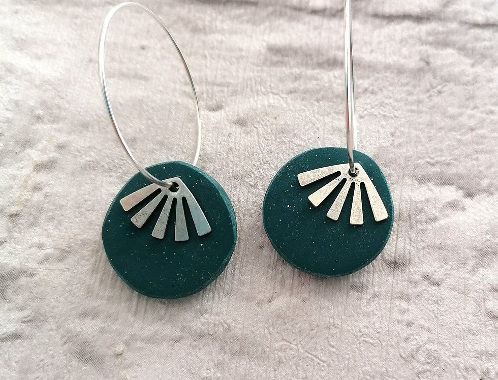 Gorgeous hoops with silver sunbursts - Dark Turquoise