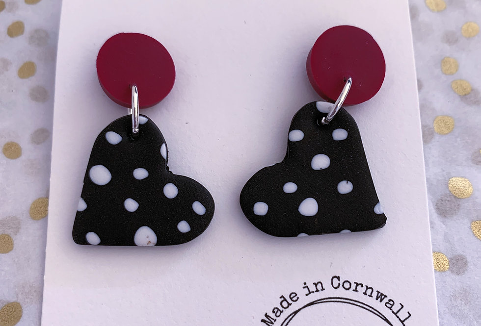Black polka dot hearts