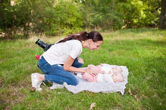 maminka s dvojčátky kurz focení dětí