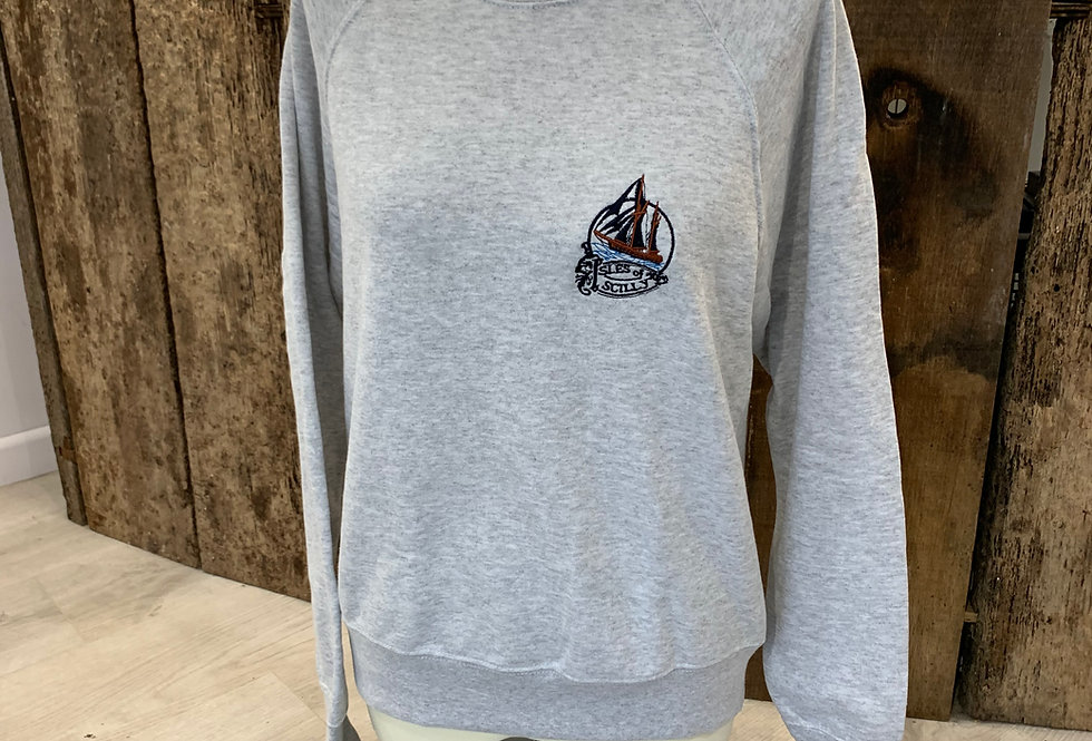 Sailing Boat - grey