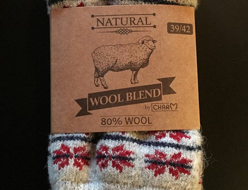 Wool socks in 80% wool with a woven Danish flag.
