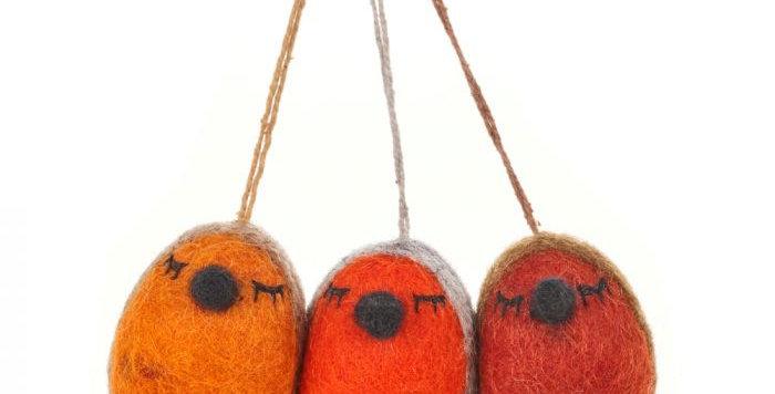 Handmade Whimsical Winter Robins Hanging Biodegradable Christmas Tree