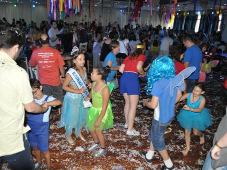 Carnaval Infantil na sede mobiliza comunidade e é recorde de participantes
