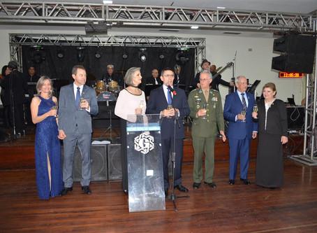 Em grande estilo, Jantar Baile celebra a Independência no Geraldo Santana