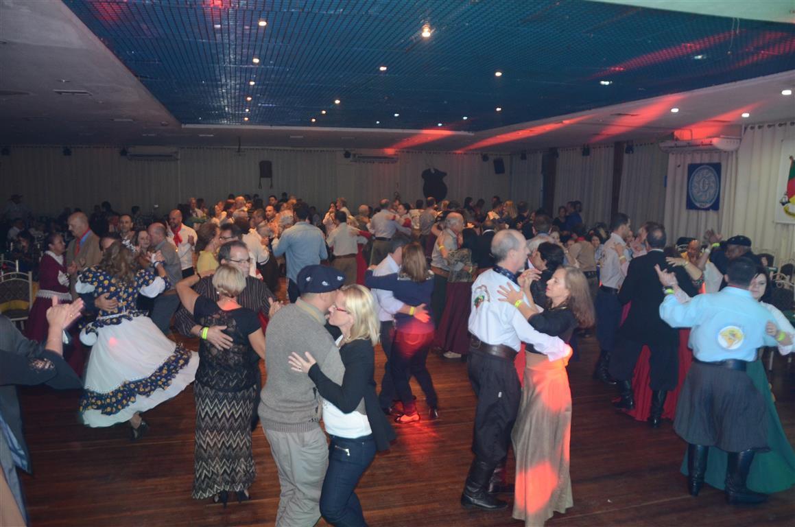 Baile da Amizade (110)