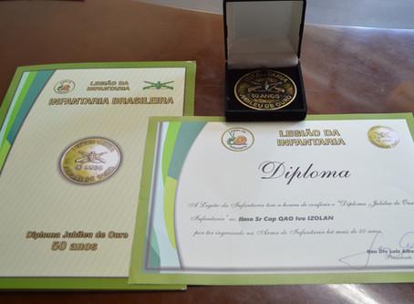 """Presidente Izolan recebe o """"Diploma Jubileu de Ouro na Infantaria"""""""