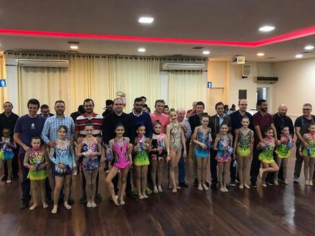 Ginastas realizam Chá Beneficente em homenagem aos Pais