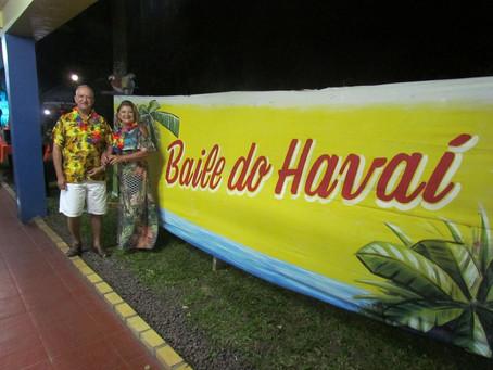 Banda Guarujá anima Baile do Havaí, na Colônia da Plataforma