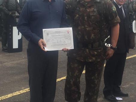 Presidente Izolan é 'Amigo do Batalhão da Serra'