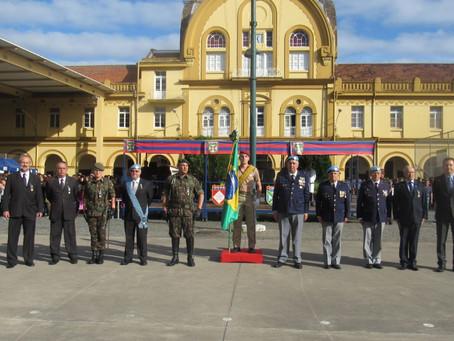 Representantes Geraldinos recebem a Medalha Cinquentenário do Batalhão Suez