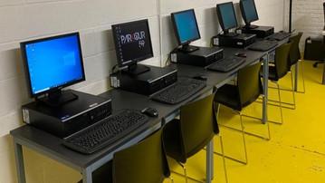De nouveaux ordinateurs pour nos jeunes