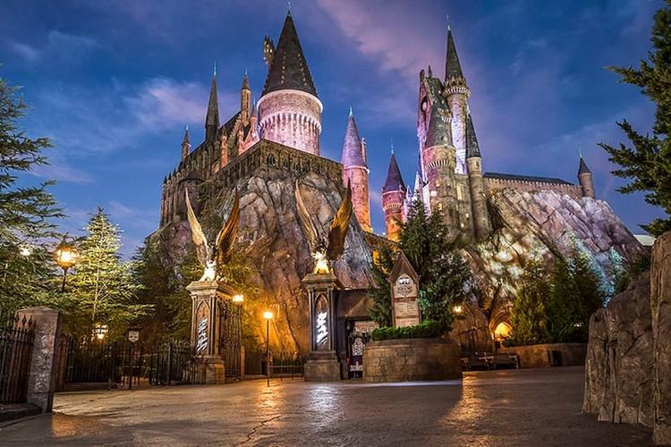 Harry Potter exterior facade