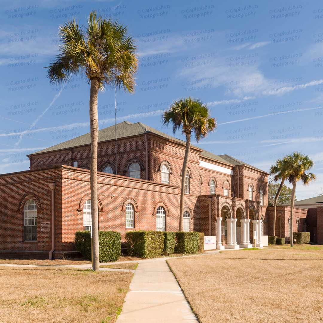Gilchrist County Courthouse