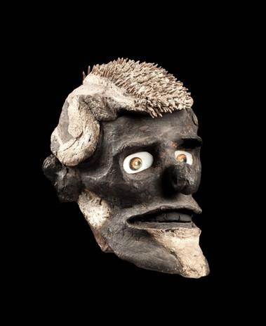 Overmodeled head, New Ireland