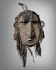 Sawos mask, Middle Sepik