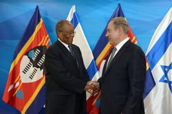 ראש הממשלה בנימין נתניהו נפגש עם ראש הממשלה של סווזילנד Sibusiso Dlamini משרד רה''מ . צילום- חיים צח