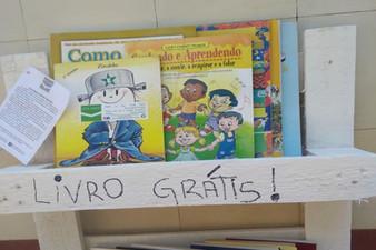 """Livros """"esquecidos"""" de propósito podem incentivar a leitura em Serra Negra/SP"""