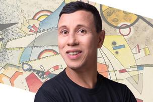 """Ator e autor teatral Roberto Isler festeja mais uma """"primavera"""""""