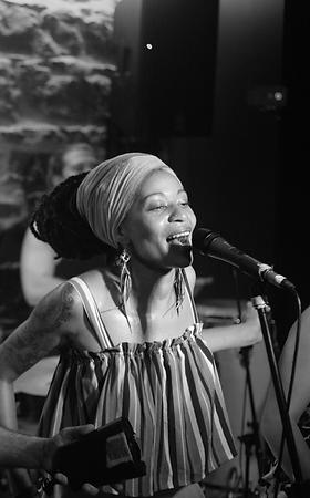 Chanteuse Lyon