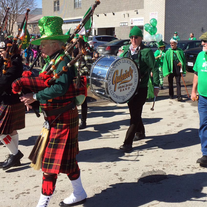 Pipes & Drums on the march
