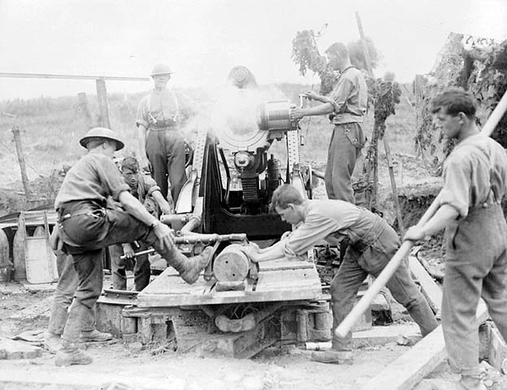 Canadian artillery in action, France 1917