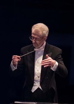 Maestro Semyon Lohss