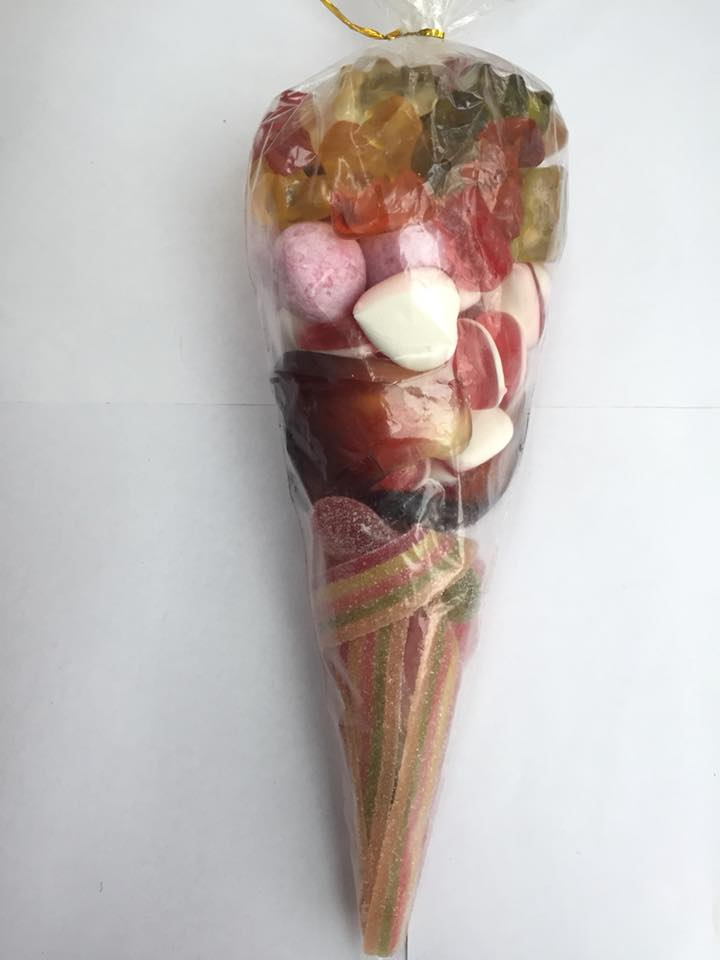Sweet Cone 26 - Sweets and Treats - www.bigbouncybriers.co
