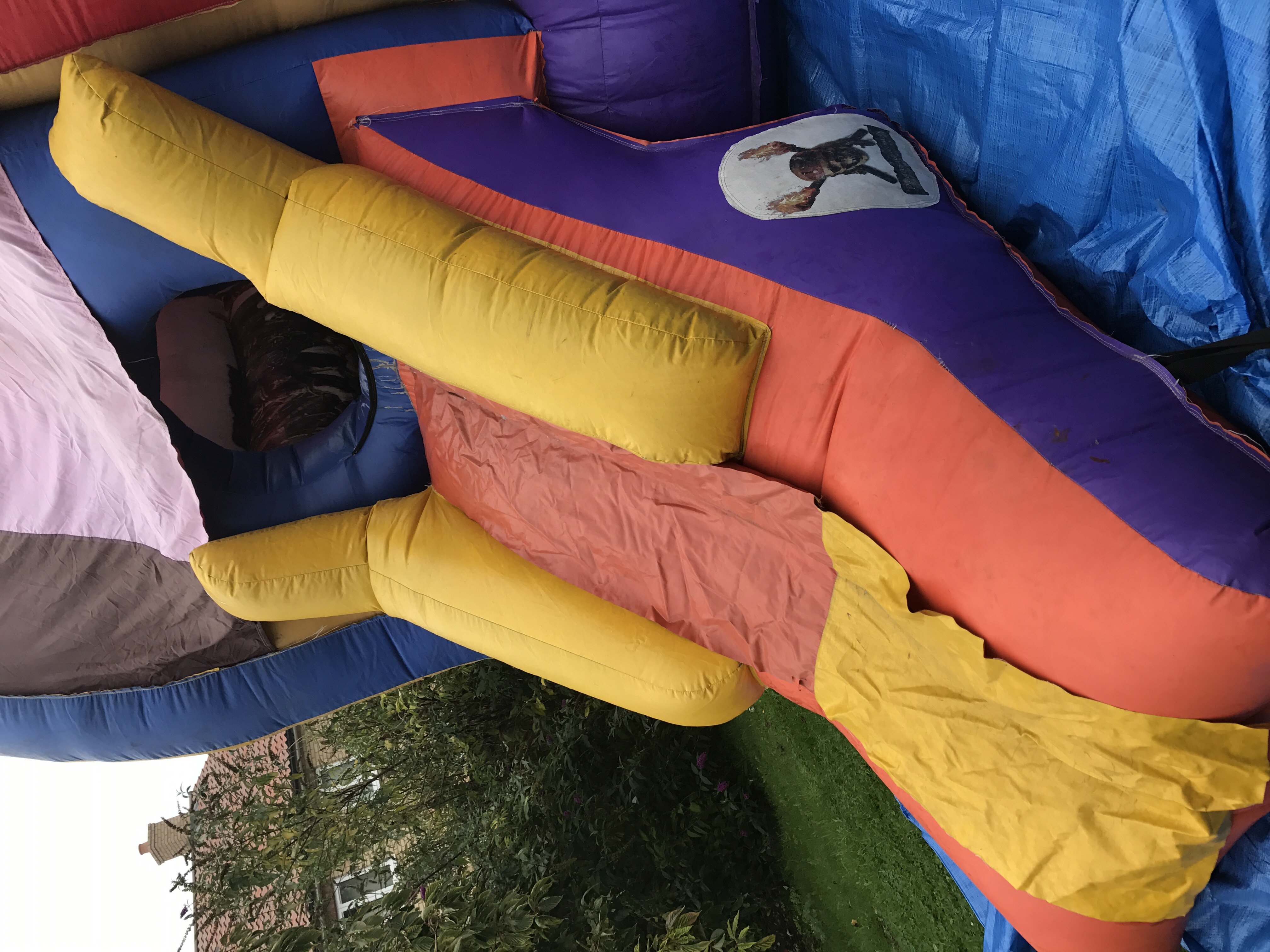 15 x 21 Foot Pirates Of The Caribbean Bouncy Castle Slide - Bouncy Castle Hire - www.bigbouncybriers