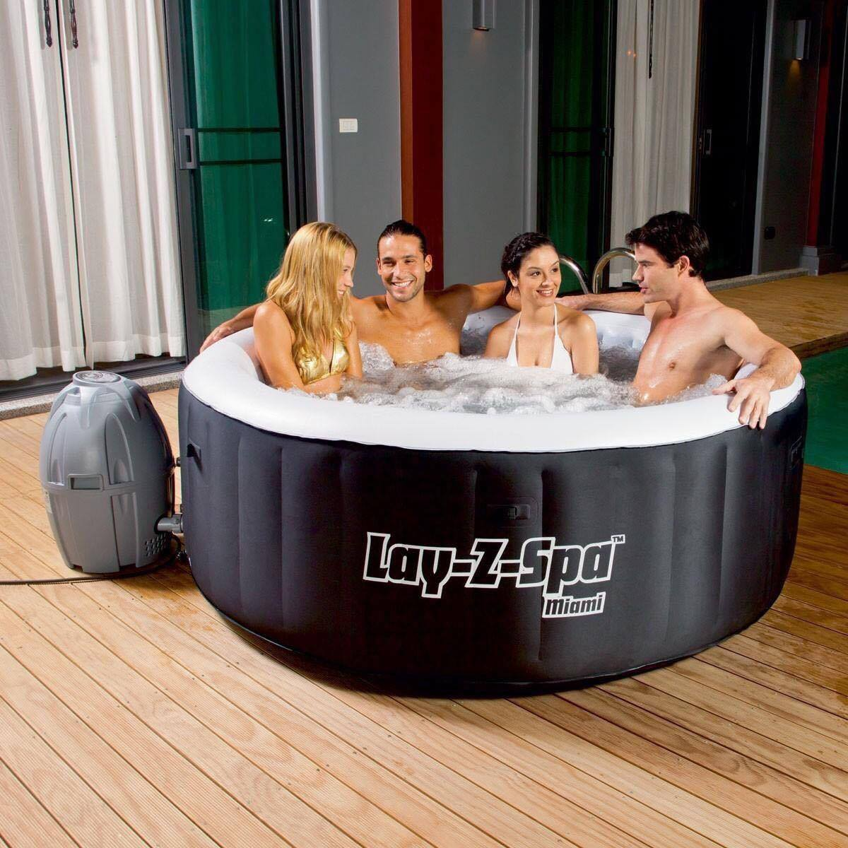 Candy Floss - Hot Tub Hire - www.bigbouncybriers.co