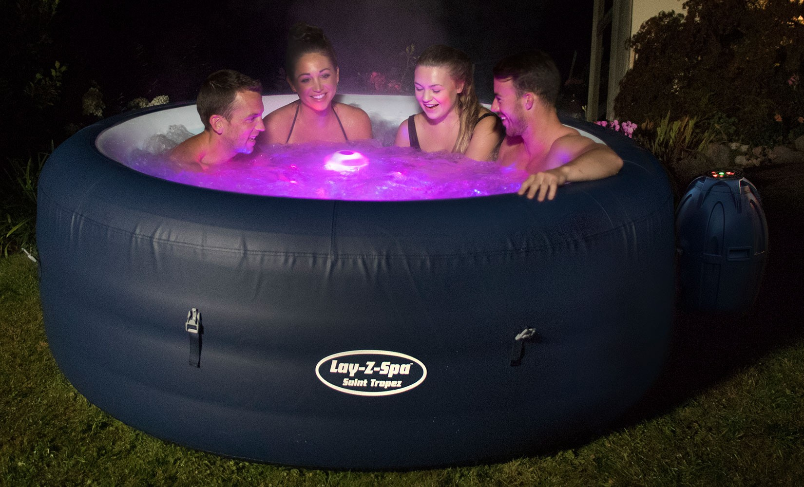 New York Lay Z Spa 1 - Hot Tub Hire - www.bigbouncybriers.co