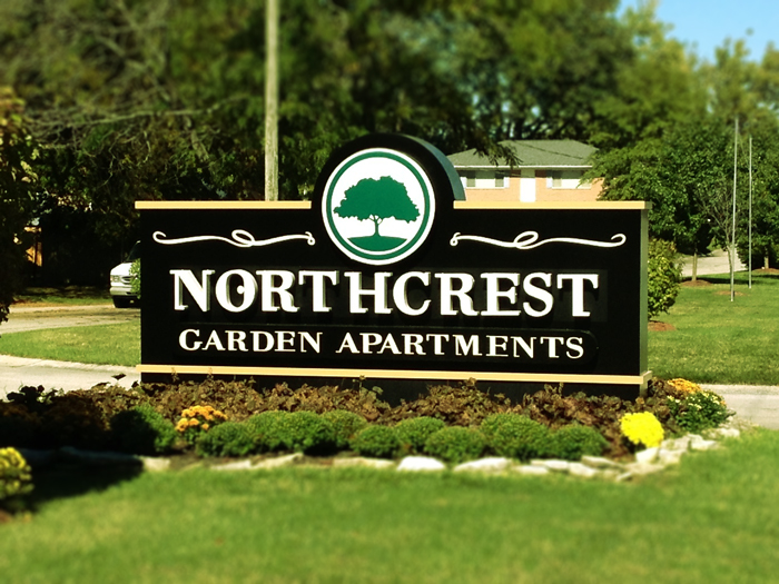 NorthCrest-Apartments-Sign