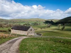 Barn near Pilsley