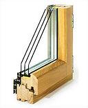 Деревянное окно из сосны.