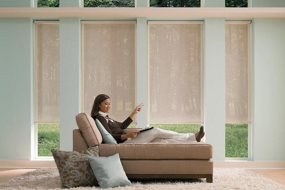 рулонные шторы с электроприводом Амиго