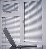 Купить жалюзи на пластиковые окна VENUS.