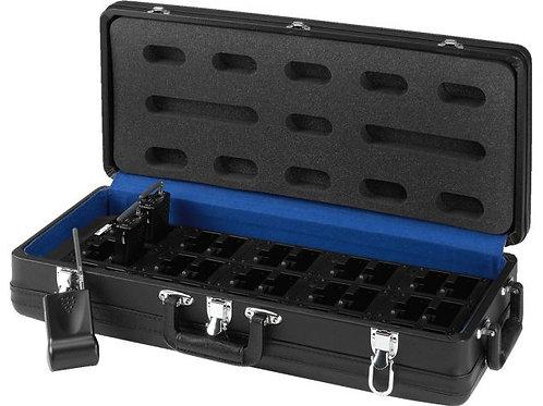 Bőrönd beépített akkumulátortöltővel
