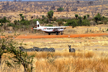 Safari flight airstrip 153.jpg
