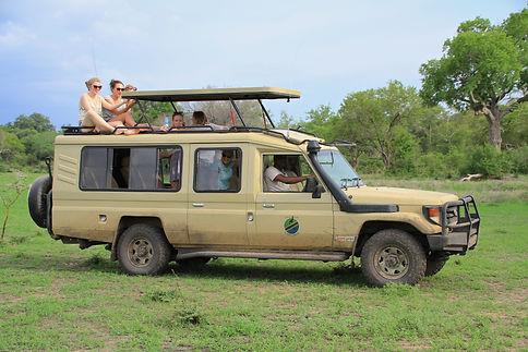 Tanzania Explorer safaricar