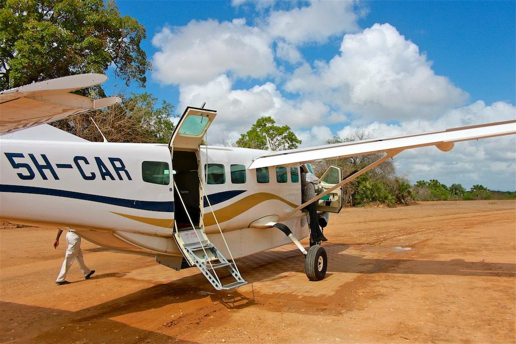 Safari plane Mtemere