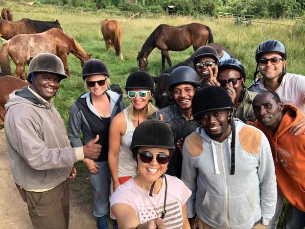 TE Team at Mufindi riding horses
