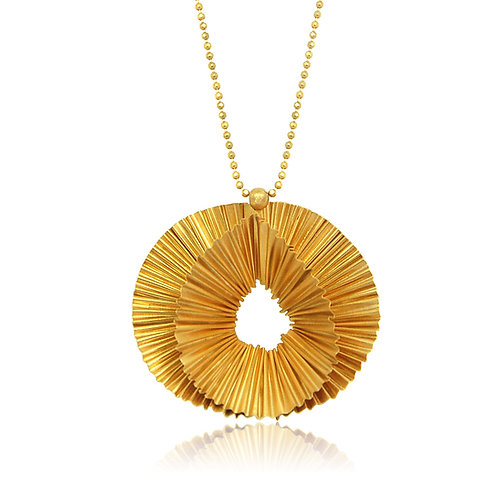 Handmade Designer Gold Plated Silver Ridged Pendant
